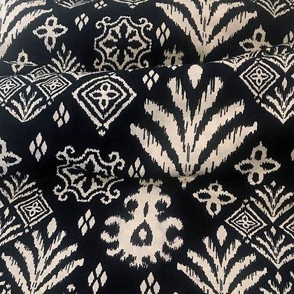 """Batik Javanais Bleu Noir, Motifs Floraux et """"Sawa"""", 100% Coton."""