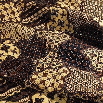 Batik Javanais Brun, noir et doré. 100% Coton.