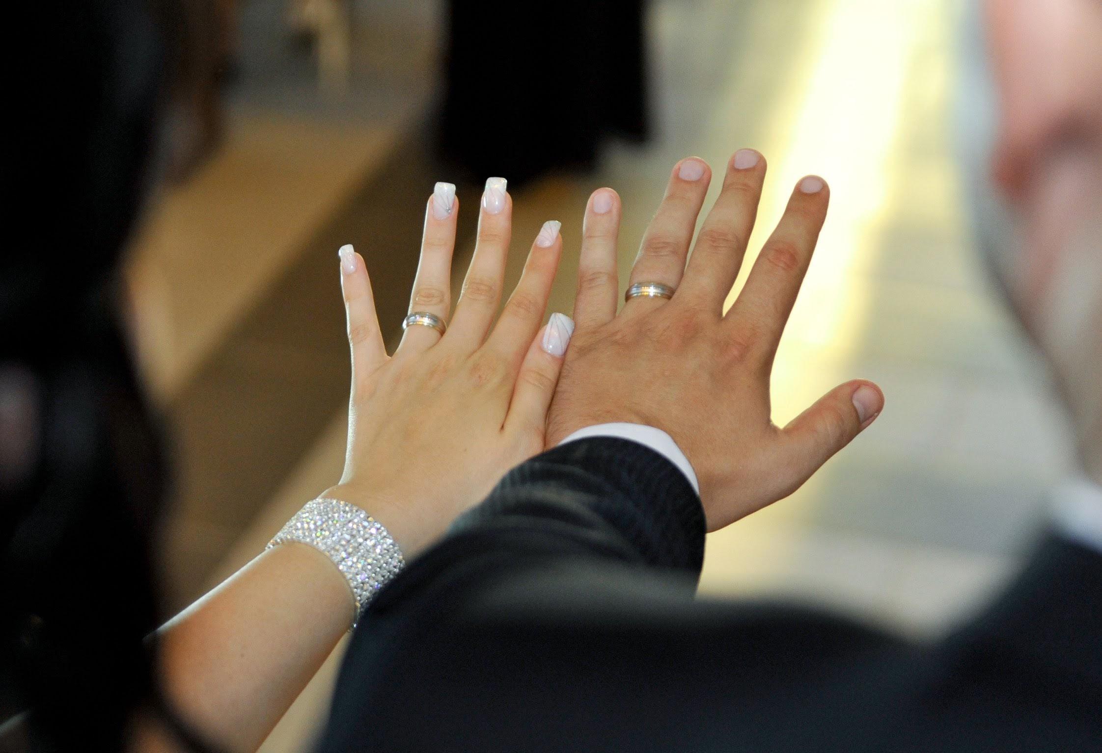 Foto vjenčani prsteni crkva