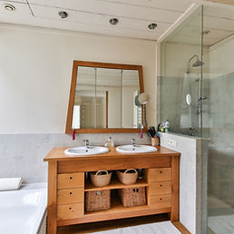 bathroom-2132342.jpg