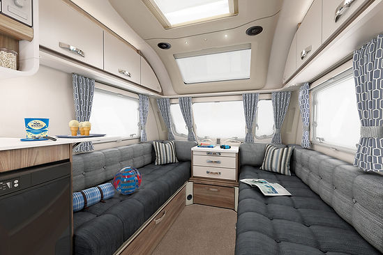 [INT]-Continental-570-Front-Lounge-[SWIFT].jpg
