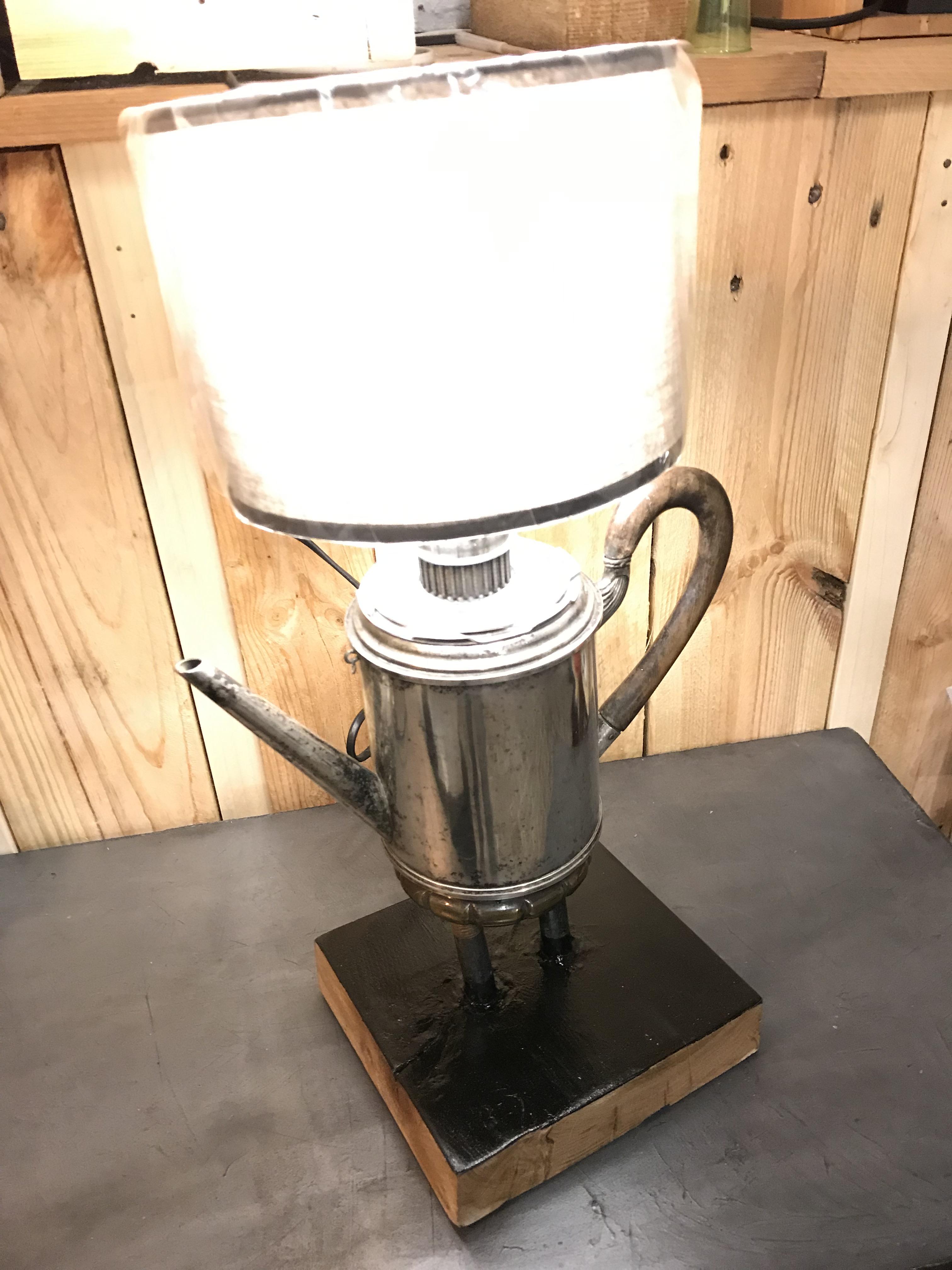 Lampe cafetière