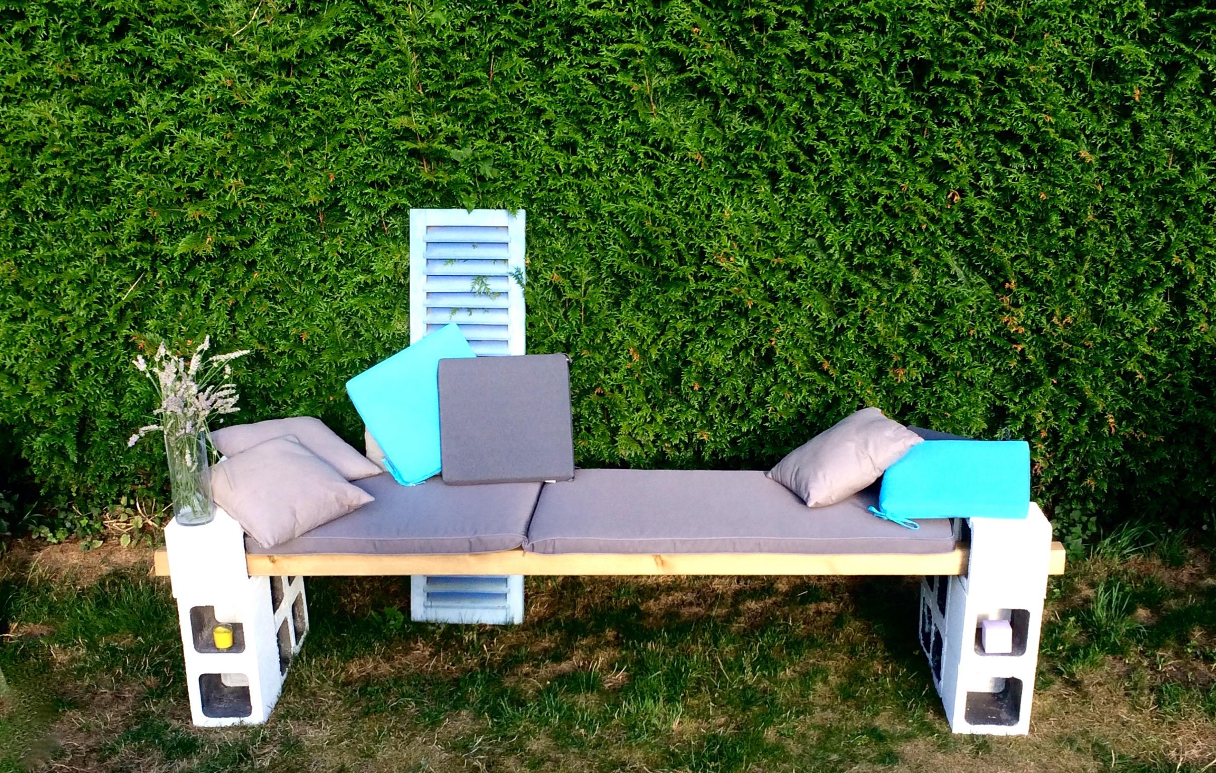 Canapé extérieur parpaing