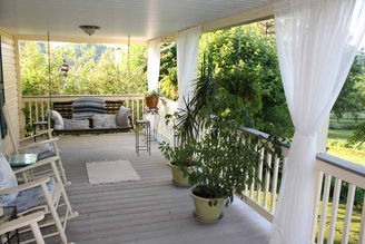 upstairs-porch.jpg