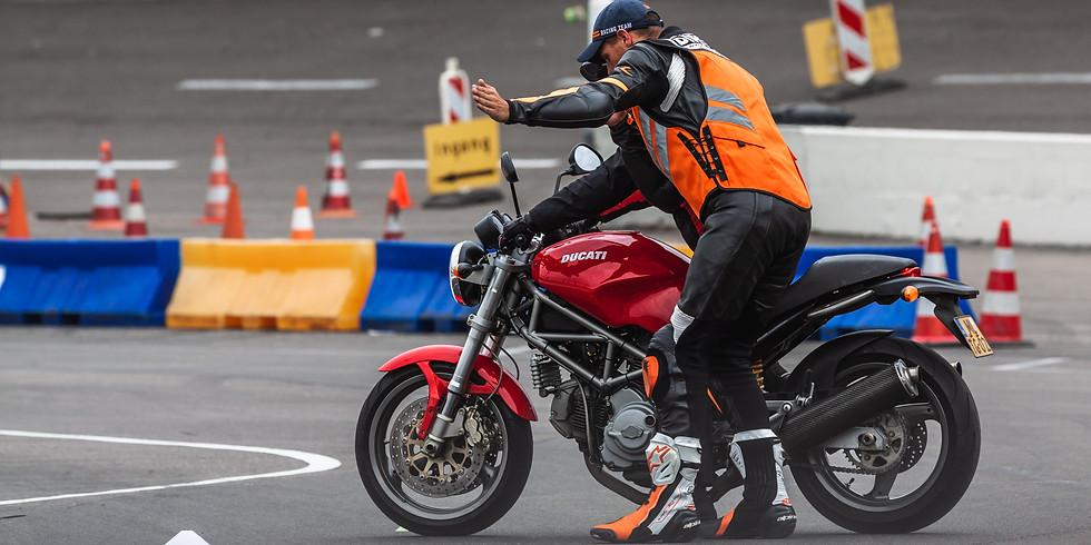 TRAINING MOTOR RIJVAARDIGHEID
