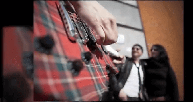 Guitare Rouge British rock façon frenchy CLIP video GRM in london