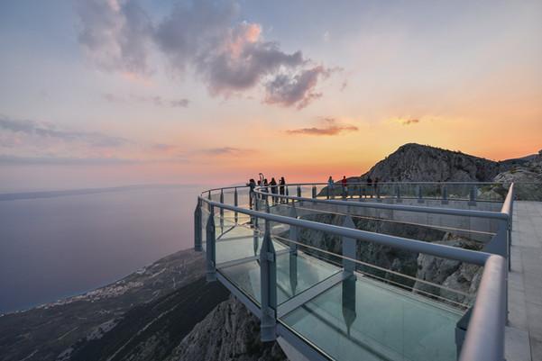 People taking photos from Biokovo Skywalk in Makarska Riviera