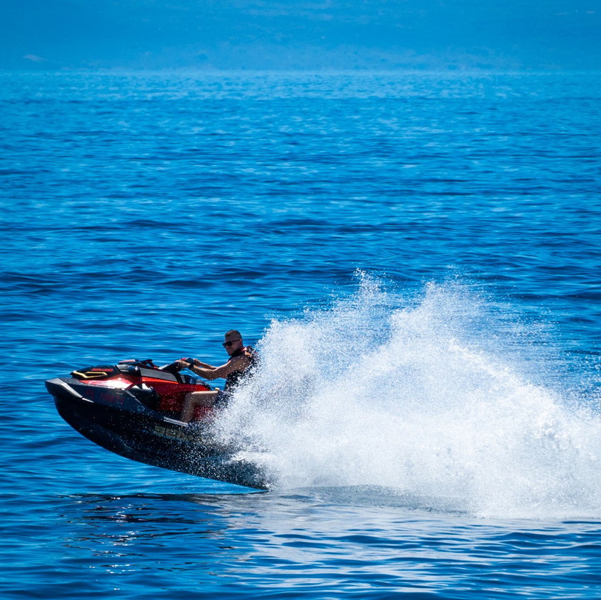 water sports in Makarska