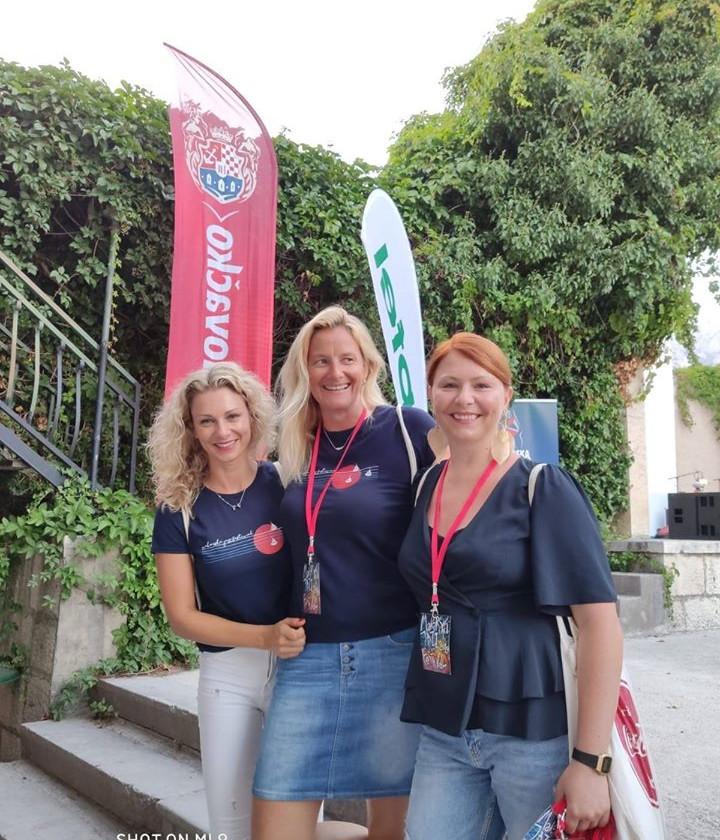 Three girls representing Makarska Jazz Festival