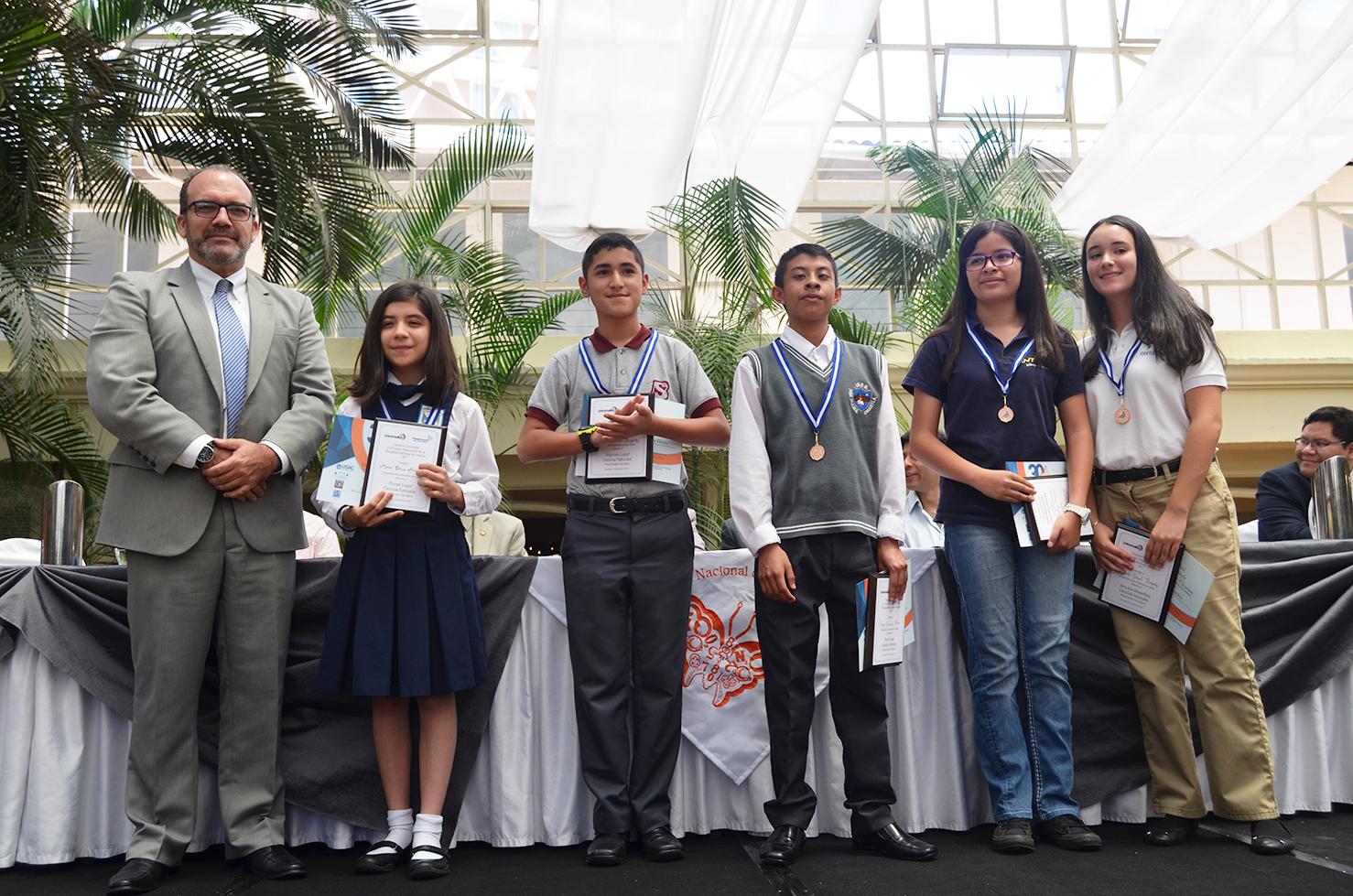 Finaliza Olimpiada Nacional de las Ciencias 2017 | EFPEM, USAC