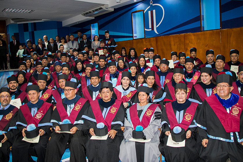 Graduandos IV Cohorte Maestría en Liderazgo en el Acompañamiento Educativo