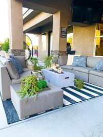 Modern Patio Lounge