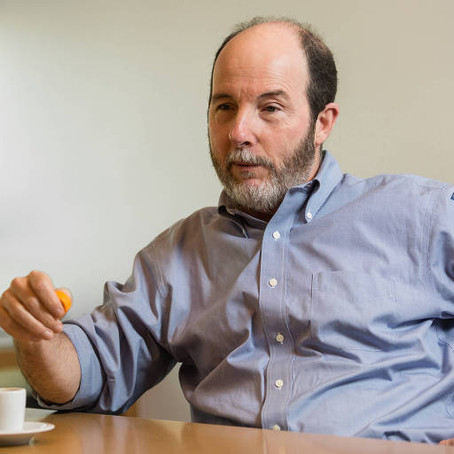 Armínio Fraga mostra em reunião como quer acabar com o serviço público