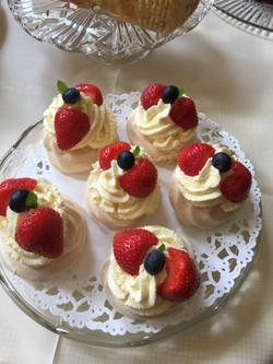 meringues and fresh fruit