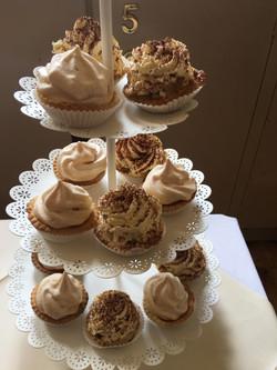 banoffee tarts and lemon meringue