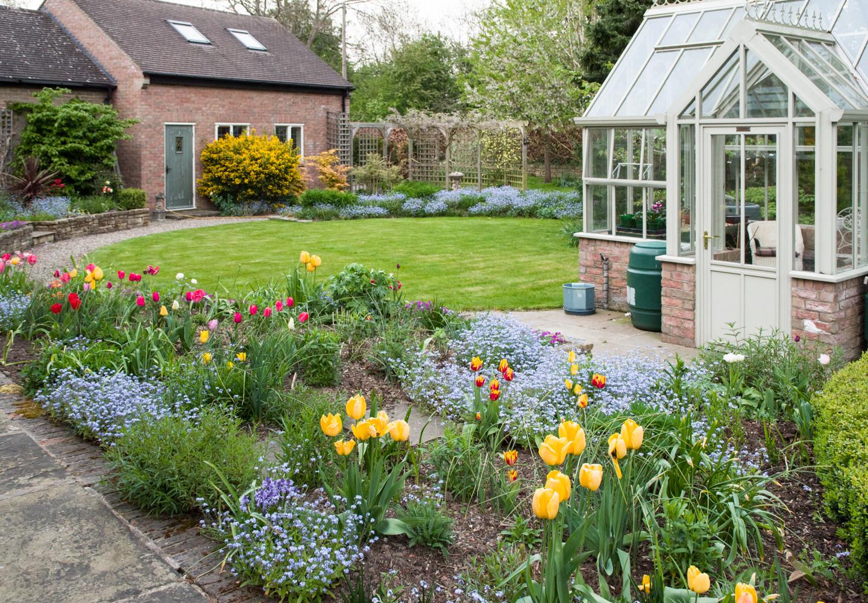 Spring garden -15.jpg