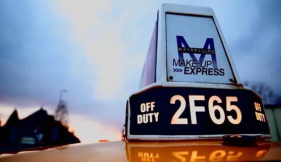 MAke up Express Maybelline.webp