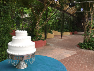 Meet the Vendors: Lisa's Rum Cakes