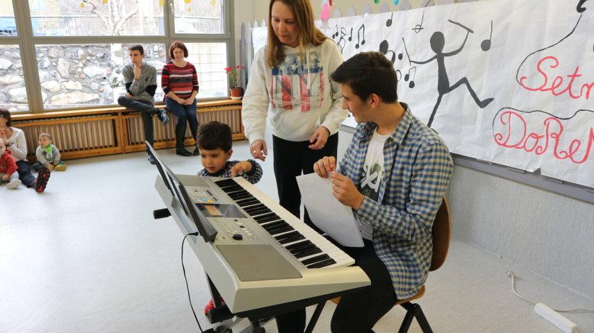 Adrià Perez  ( Piano )