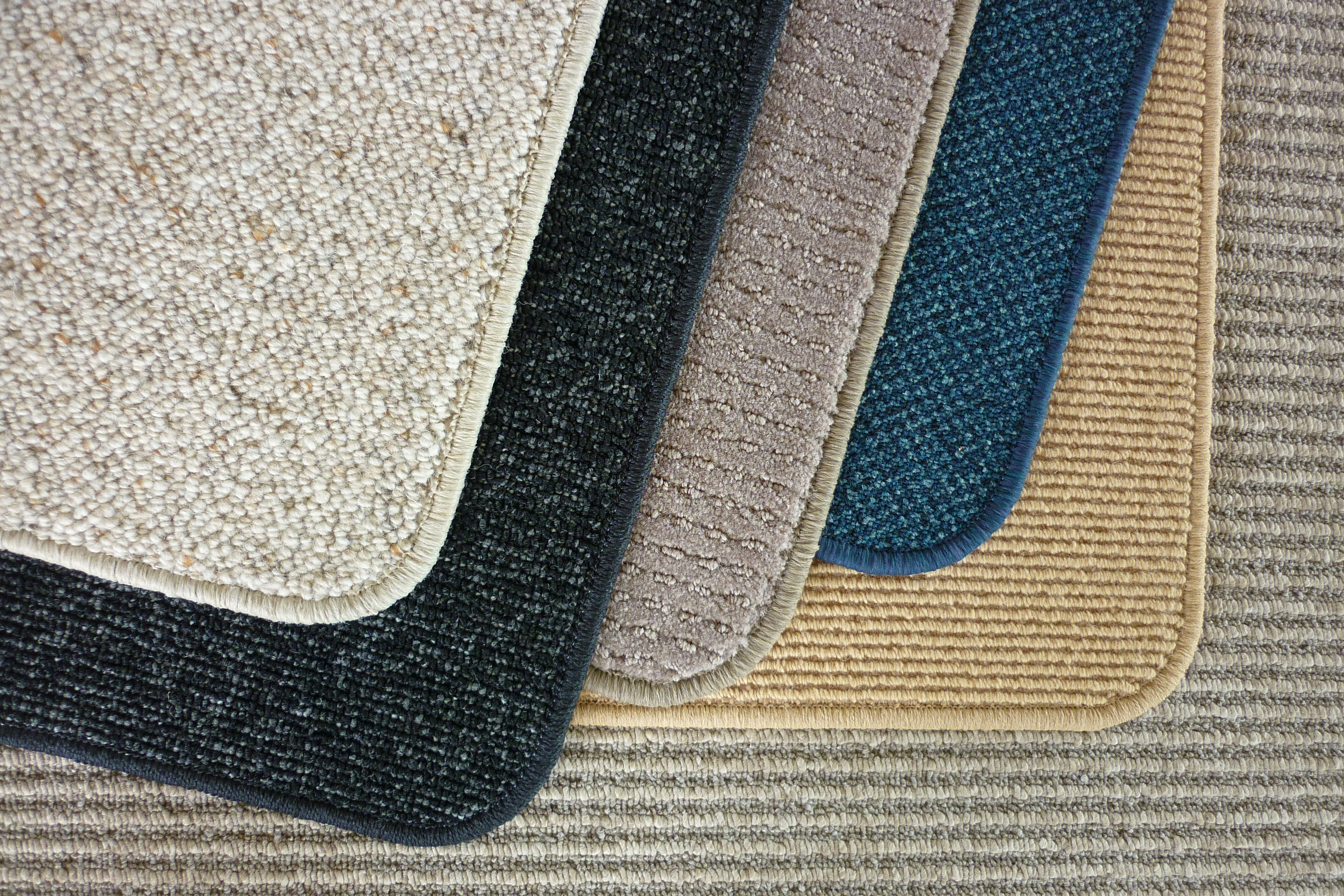 edged-carpet-binding.jpg