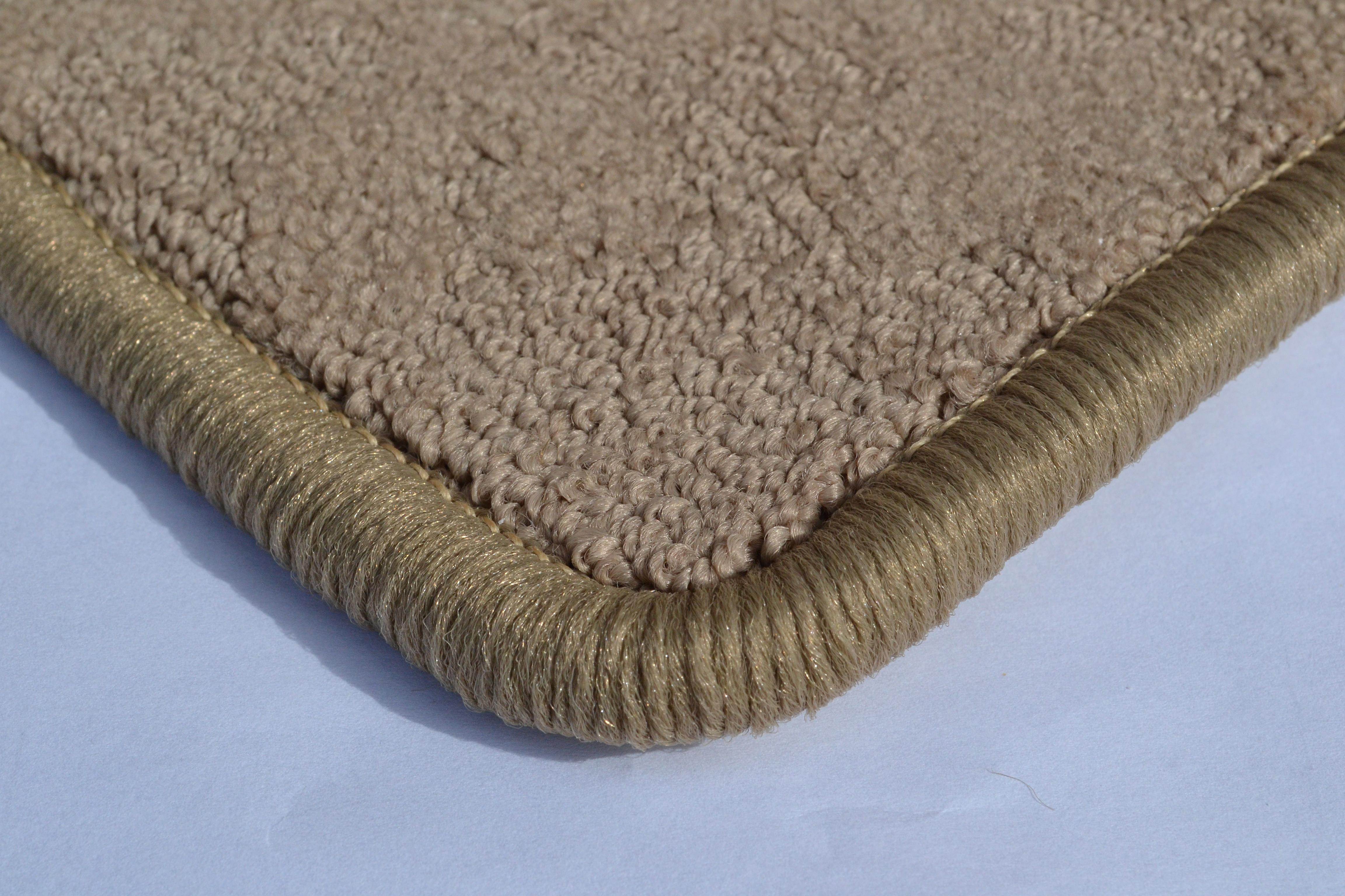 rug-serging-roselawnlutheran-carpet-edge