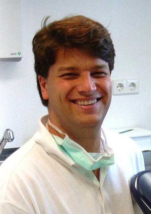 Dr. Stefan Smolen 2.JPG
