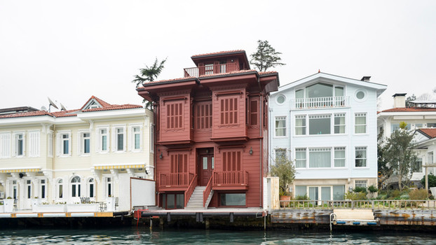 Niyazi Kaptan Waterfront Mansion