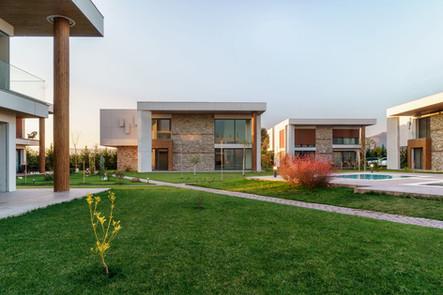 Sardunya Houses