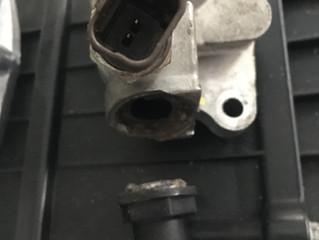 FIAT500 チンク 水漏れ
