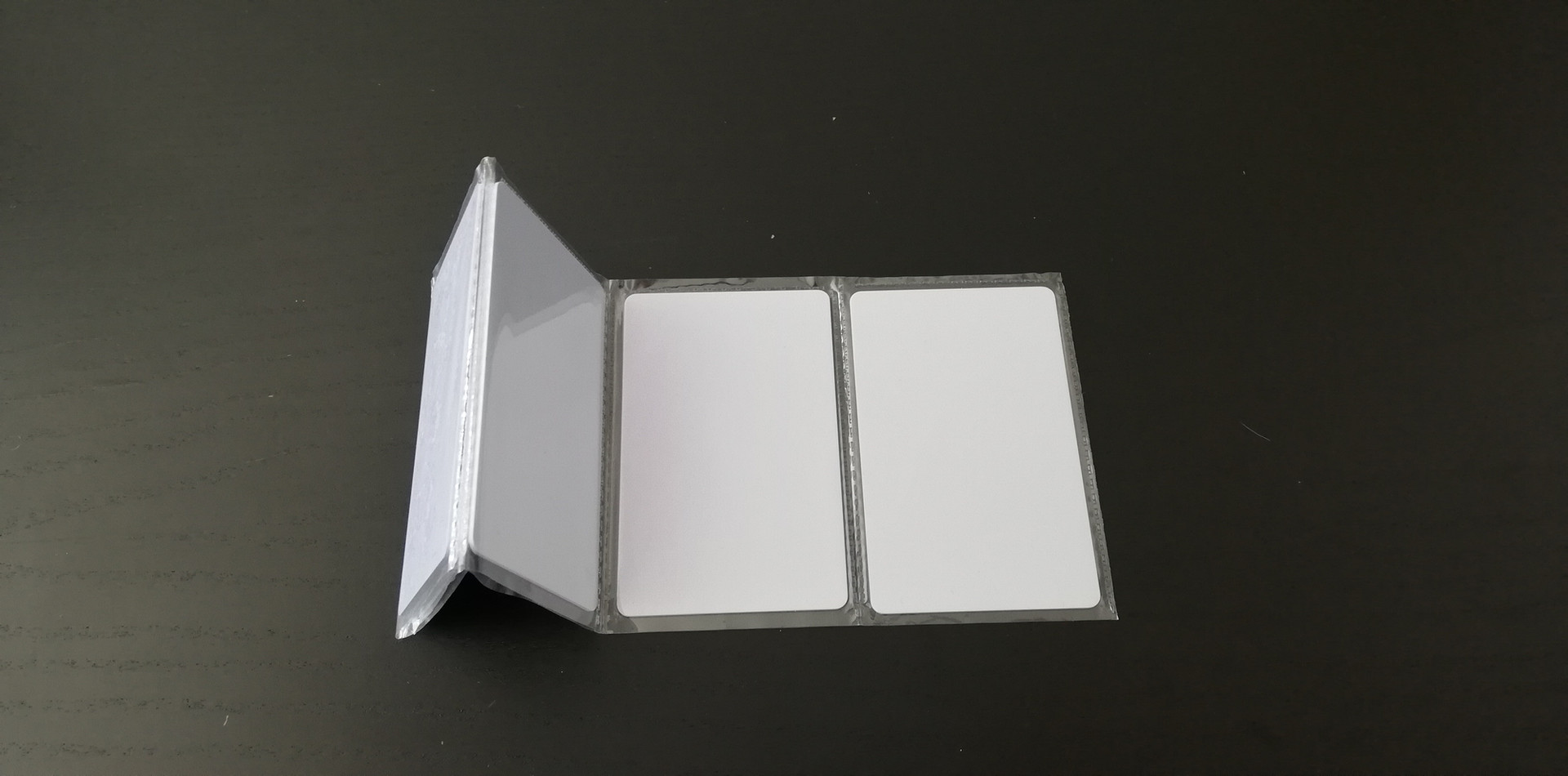 Alebo si kúpte plastové karty NFC (NTAG 213)