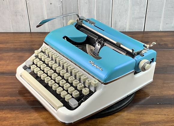 Custom Painted Colorshift Tobaggo Bay and Pearl Olympia SM5 Manual Typewriter