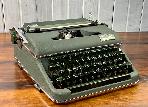 Rare Arabic Farsi Green Olympia SM3 Manual Typewriter Near Mint Reconditioned