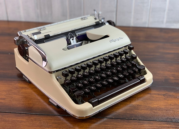 Custom Pearl Ivory & White Olympia SM 4 Manual Typewriter Reconditioned Perfect