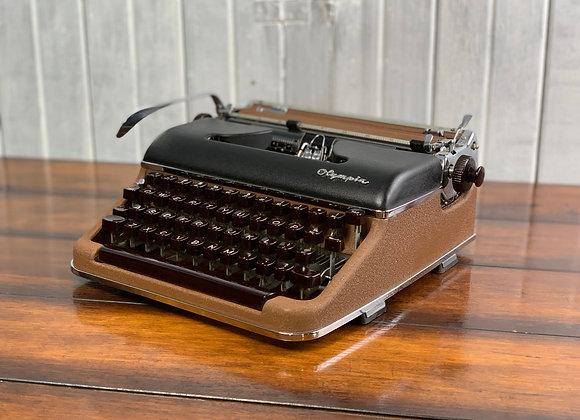 1956 Olympia SM 3 Deluxe Manual Typewriter Two tone Brown and Black with Case