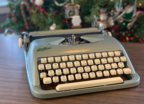 1959 reconditioned Green Cole Steel Ultraportable  Manual Typewriter!