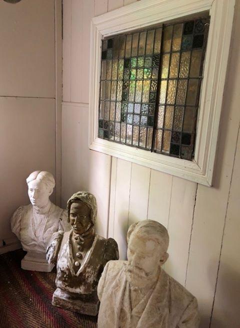 Kapellet - Byster av familien