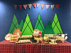 lumberjack-dessert-table