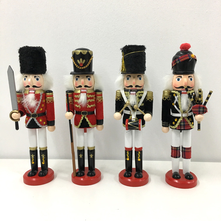 Nutcrackers Small