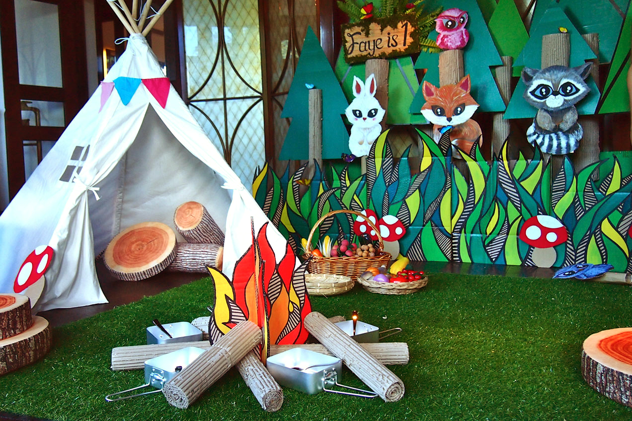 Into-The-Woods-teepee