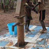 + de 2.000 millones de personas no tienen acceso al agua potable