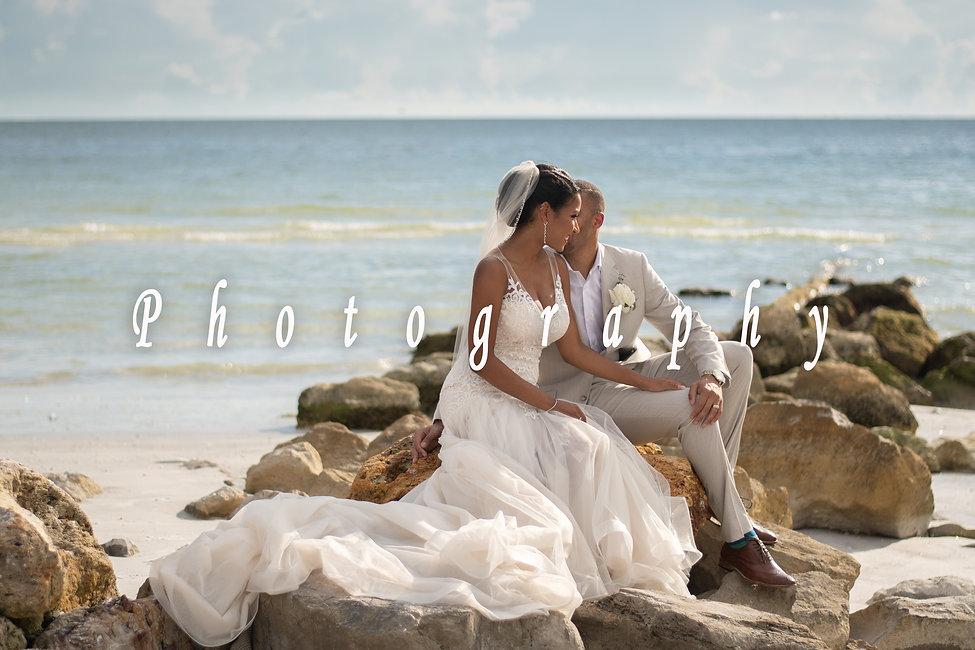wedding photography button 2.jpg