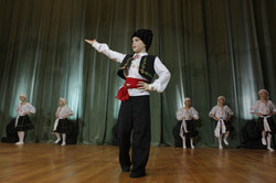 """Молдавский танец"""