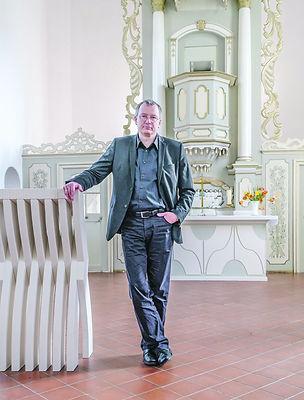 Albrecht Henning.jpg