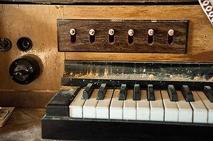 Orgel Schwemsal.jpg
