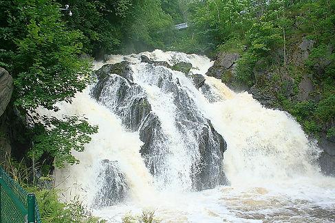 Huskvarna_waterfall.jpg