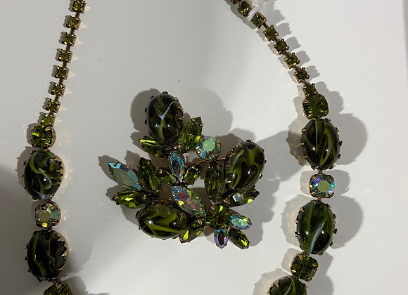 Regency 2PC Green Crystal Necklace & Pin Set