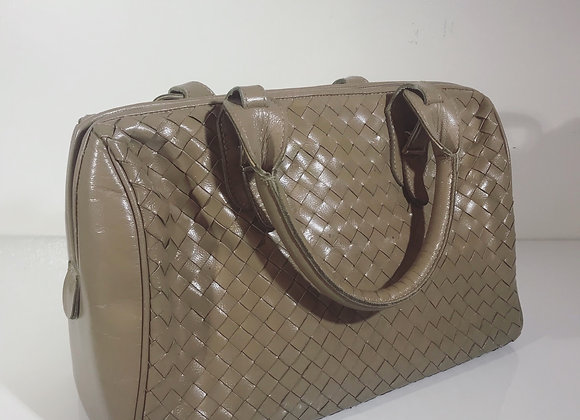 Lisette tan leather purse
