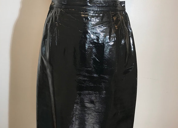 black patent leather slim skirt