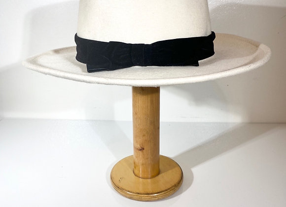 Bernard wool cream hat