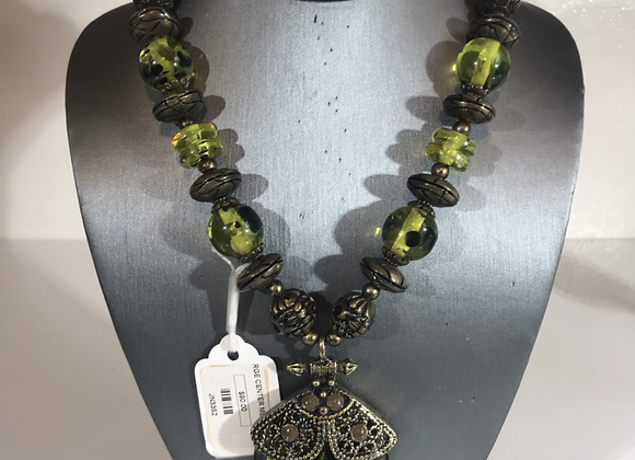 Large stone medallion necklace